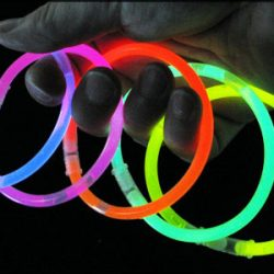 دستبند ۴ عددی black light