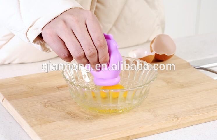 جداکننده مرغی سفیده از زرده تخم مرغ