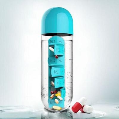 بطری آب + جعبه داروبطری آب + جعبه دارو