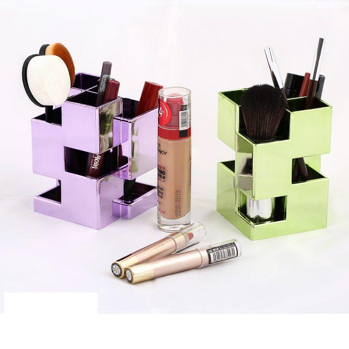 جعبه لوازم آرایش طلایی (۱)