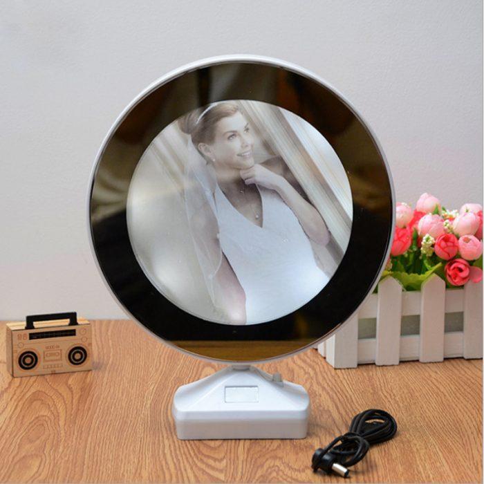آینه با قاب عکس جادویی (۱)