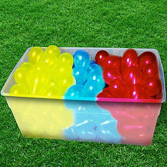 بالون آب بازی برای کودکان در تابستان